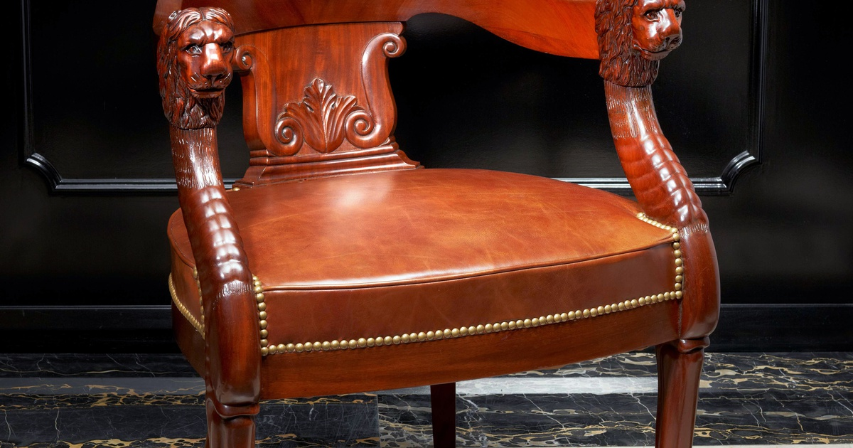 jacob desmalter et cie attributed to an empire fauteuil de bureau attributed to jacob. Black Bedroom Furniture Sets. Home Design Ideas