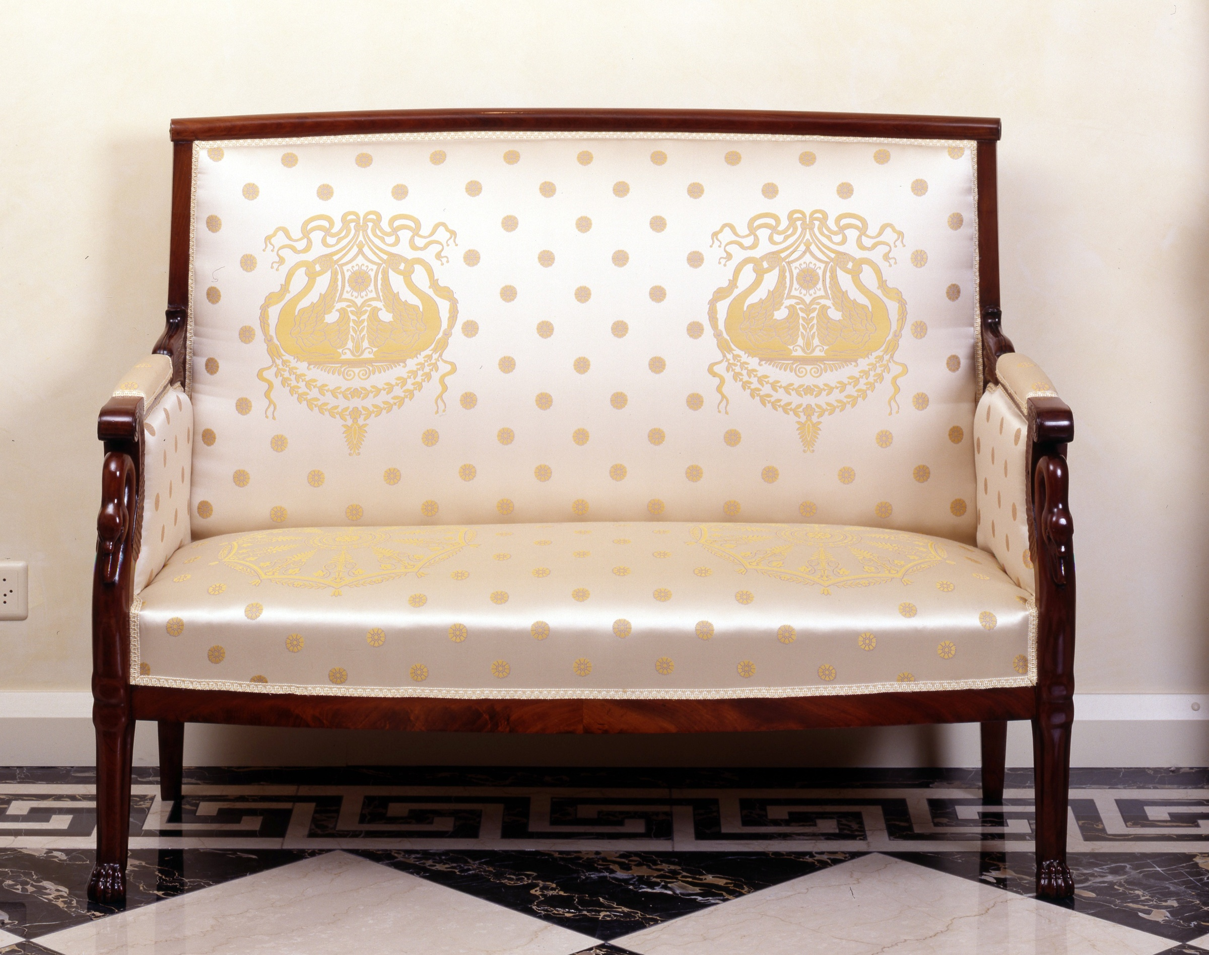Dating empire furniture