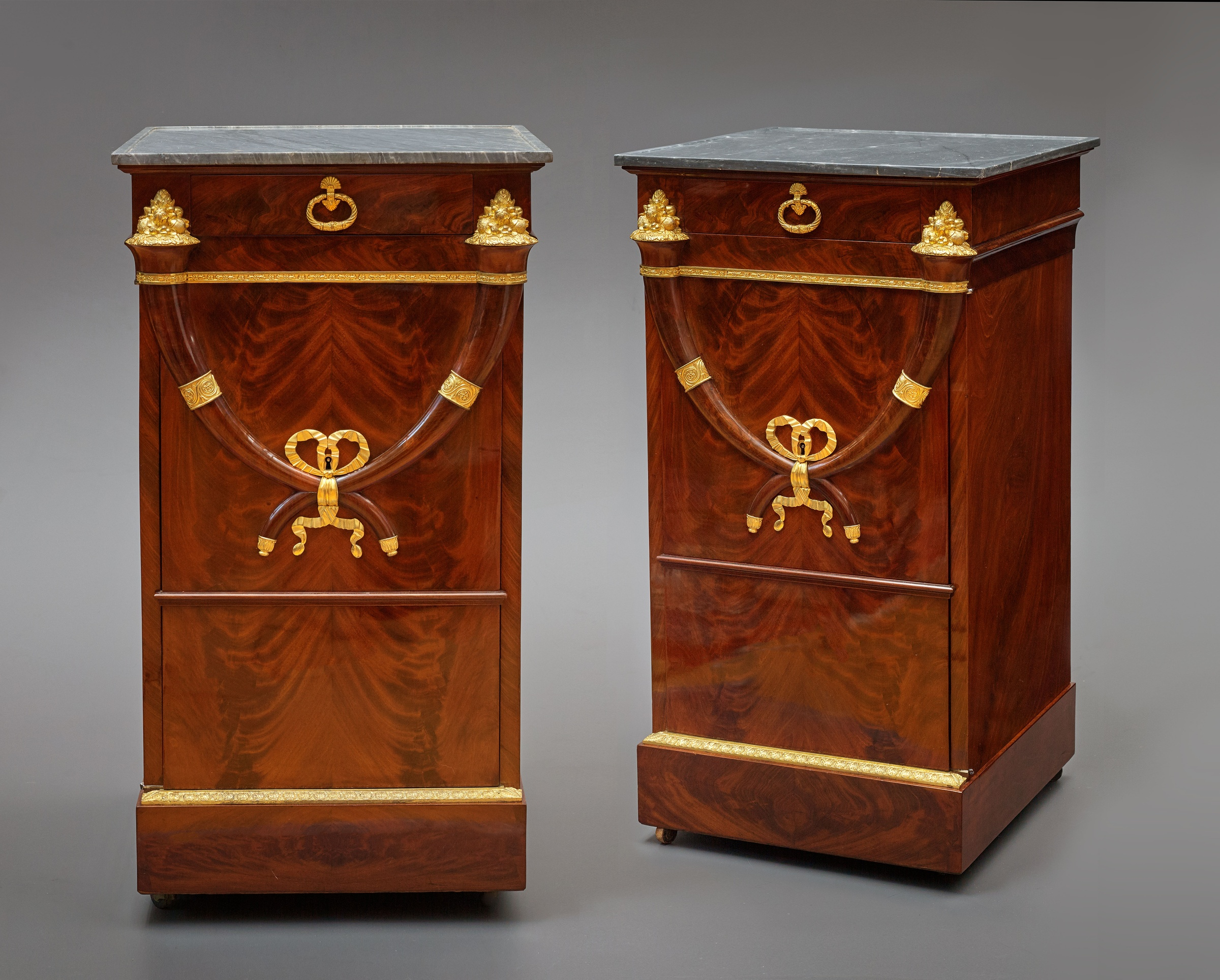 Jacob Fr¨res attributed to A pair of Directoire somnos attributed