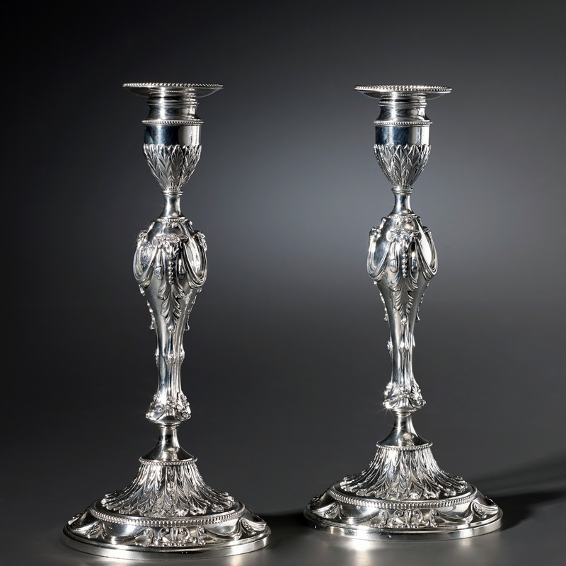 Georges Cowles - A pair of English candlesticks by Georges Cowles, London, 1777