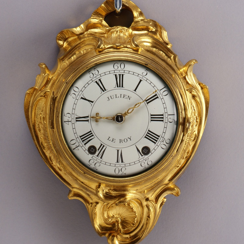Julien Le Roy - A small sized Louis XV cartel clock by Julien Le Roy