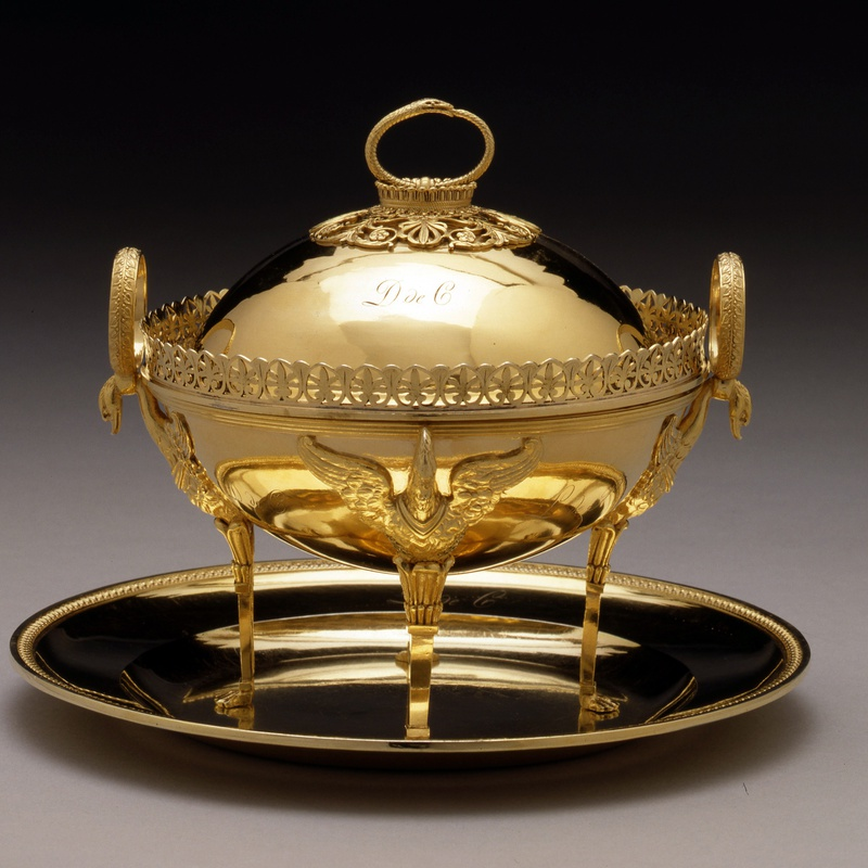 Marie-Joseph-Gabriel Genu - An Empire tureen with cover and dish by Marie-Joseph-Gabriel Genu, Paris, dated 1805