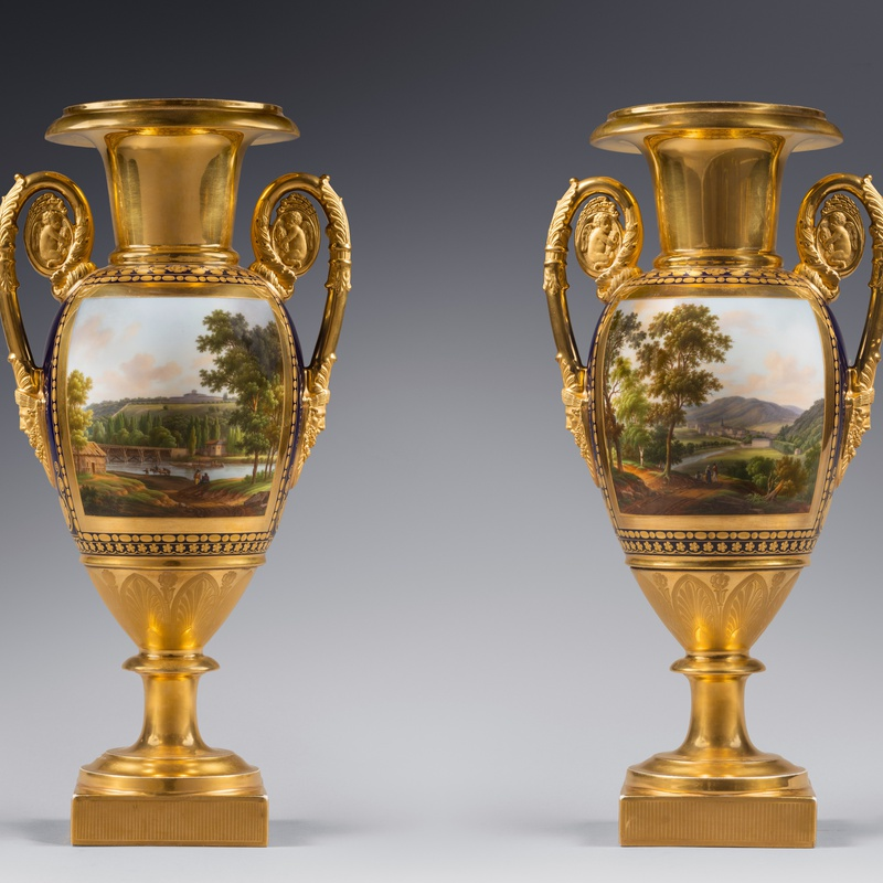 Nast Frères Manufactory (attributed to) - A pair of Restauration two-handled vases probably by Nast Frères Manufactory, Paris, date circa 1820
