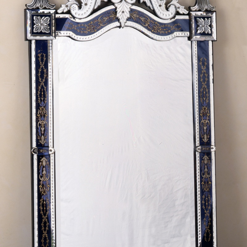 Murano - A 19th century Murano Venetian wall mirror of rectangular form