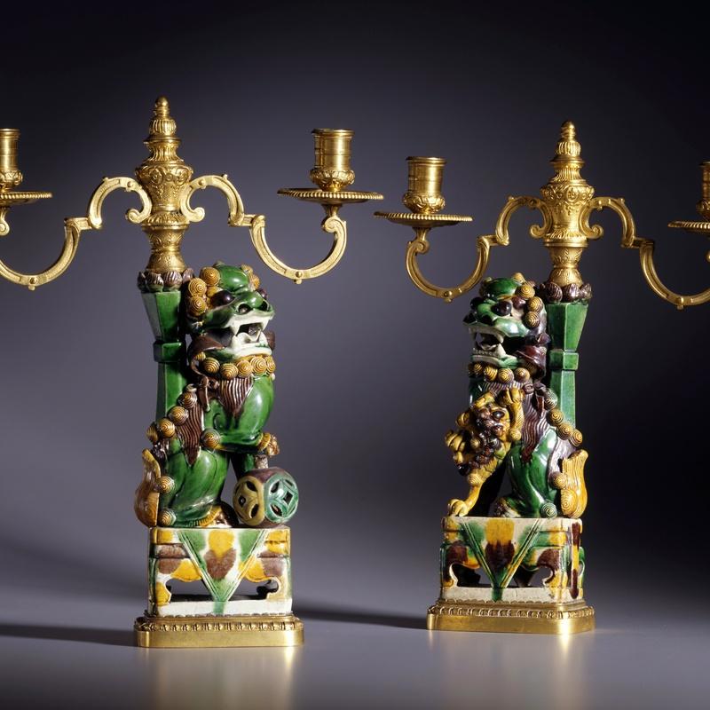 Escalier de Cristal (attributed to) - A pair of K'ang Hsi period three-light candelabra attributed to Escalier de Cristal