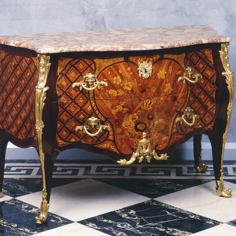Charles-Michel Cochois - A Louis XV Transition Louis XVI commode by Charles-Michel Cochois and Léonard Boudin, Paris, date circa 1760-65