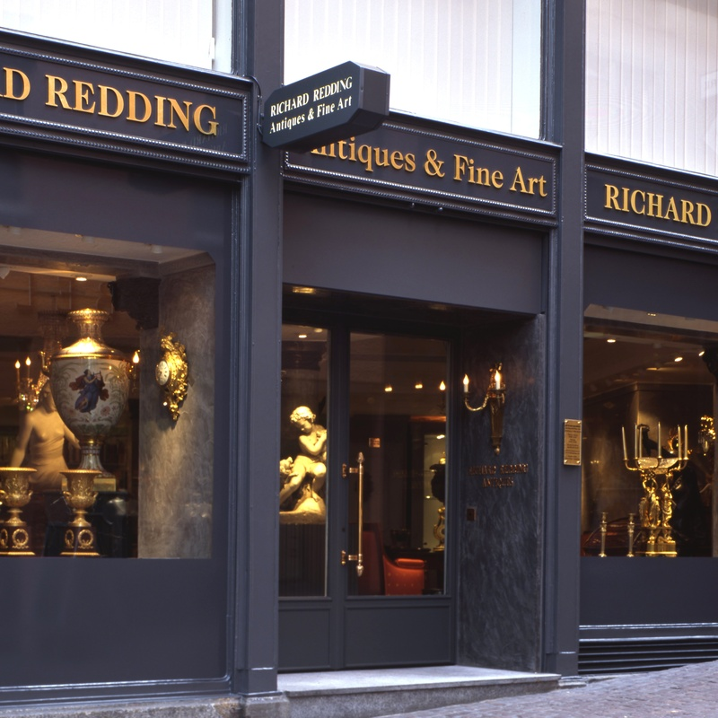 <p>Richard Redding Antiques Gallery in Z&#252;rich, from 1986 - 2012</p>