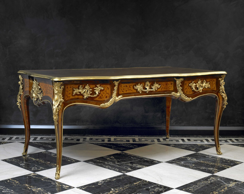 A Louis XV bureau plat attributed to Martin-Étienne Lhermitte